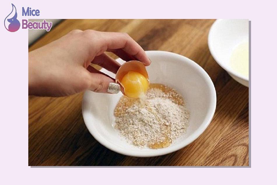 Tắm trắng bằng cám gạo và trứng gà