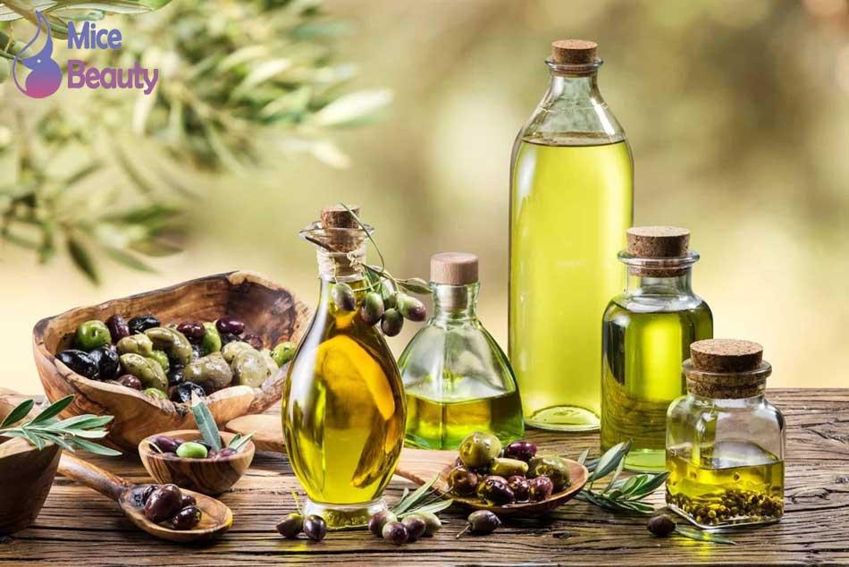 Làm mịn da bằng dầu oliu