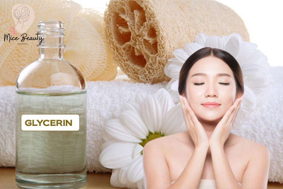 Glycerin giúp dưỡng ẩm và làm mềm da