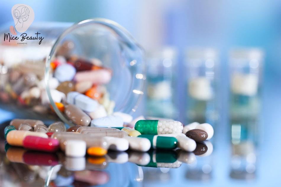 Điều trị mụn viêm bằng thuốc không kê đơn OTC