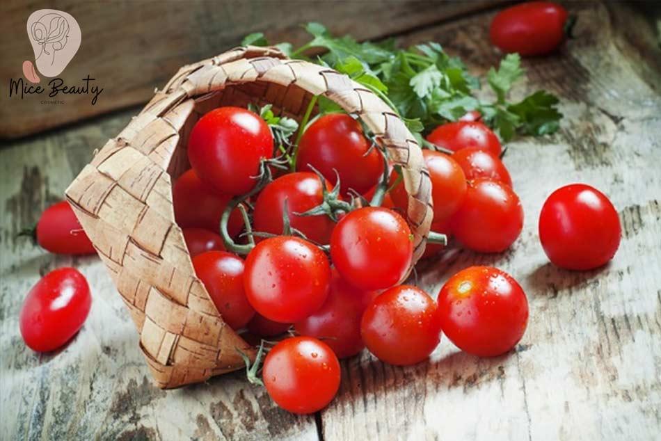 Trị sẹo thâm đỏ bằng cà chua