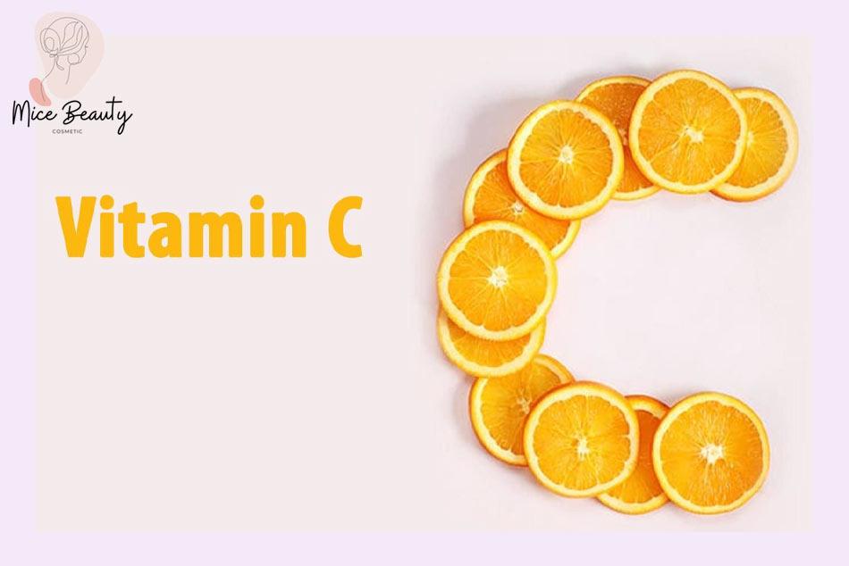 Vitamin C giúp hồi phục tổn thương sau khi tẩy nốt ruồi hiệu quả