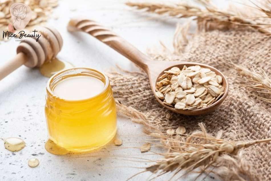 Trị sẹo rỗ, sẹo lõm nhờ mật ong và yến mạch